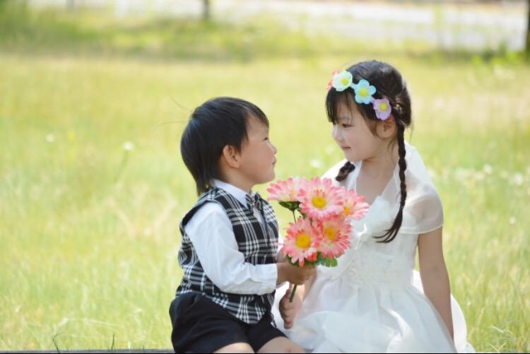結婚式での子供の服装マナー男の子編。注意点やアイテム別マナーを紹介。