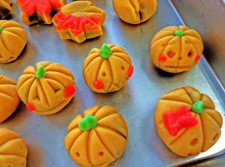 ハロウィンは子供と一緒に手作りお菓子を作ろう♪簡単レシピ3選!