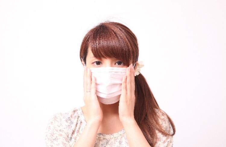 マスクで耳が痛い時の対策は?痛くないグッズはコレ!