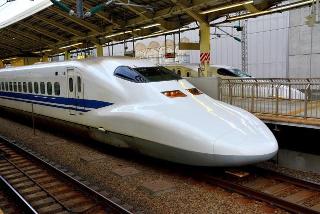新幹線に子連れで乗車 座席のおすすめや時間帯は?多目的室を利用しよう!