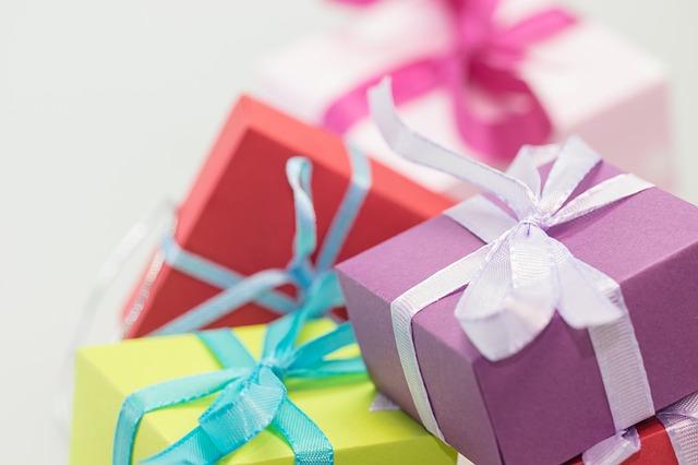 母の日 義母へのプレゼントの渡し方は?送り主はどうする?