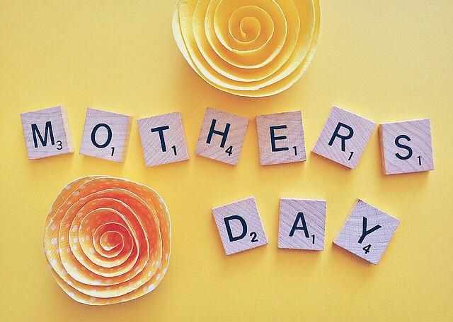 義母へ母の日のプレゼントは必要?相場はいくら?